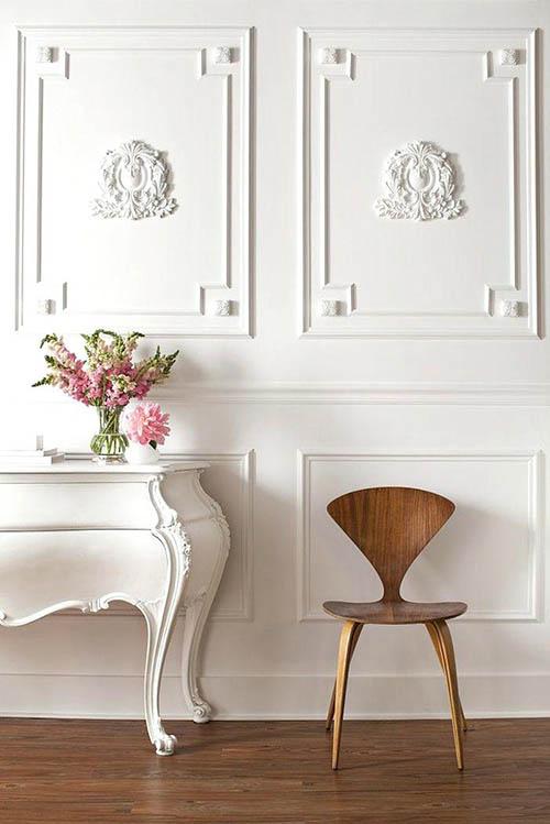 interior-design-home-white-wall-decor-molding-chic