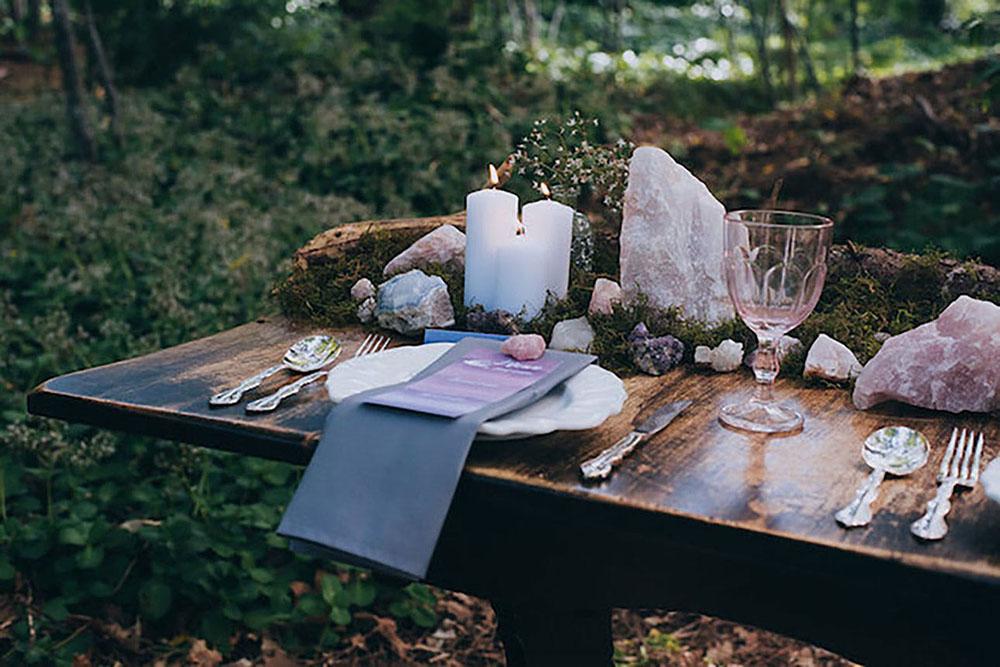 wedding-woodland-unique-rustic-crystal