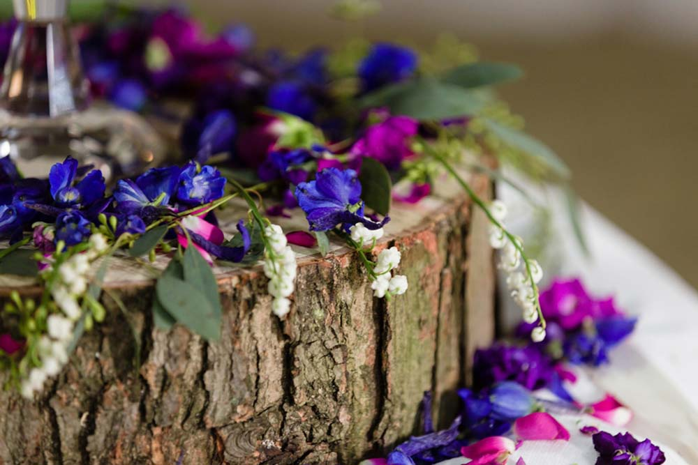 wedding-flowers-purple-ultraviolet-woodland