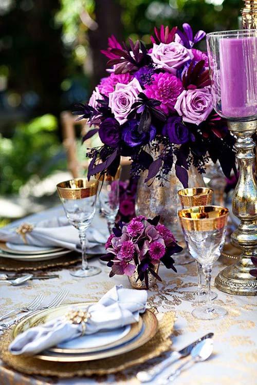wedding-tablescape-centerpiece-ultraviolet-gold