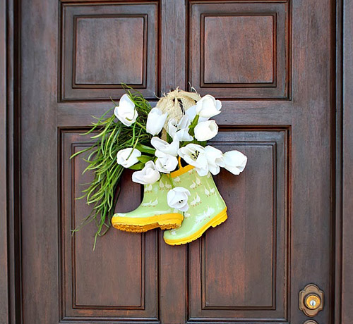 Boots-on-the-door-wreath