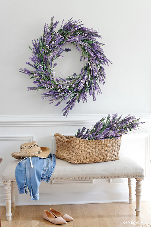 Faux-Lavender-Wreath-Spring-Decorating-Ideas