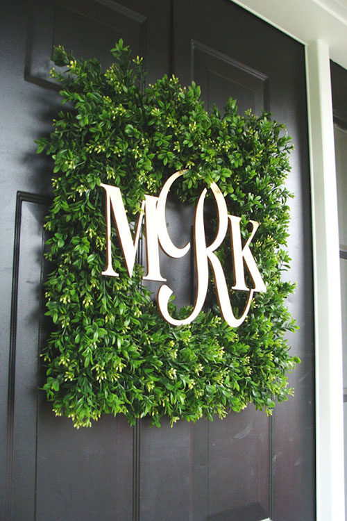 monogram-wreath