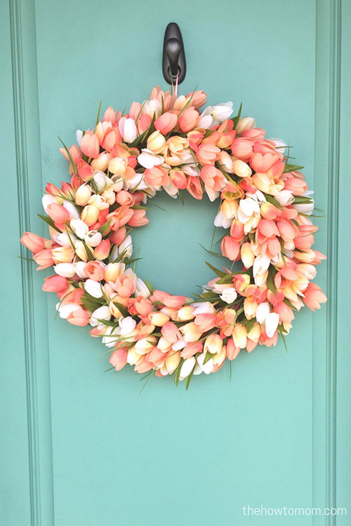 peach-tulip-wreath-on-teal-door