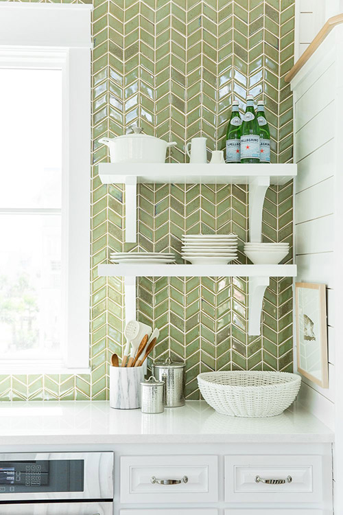 kitchen-backsplash-green-white-tile