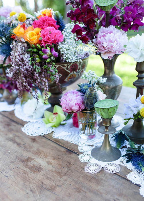 Summer-Boho-chic-picnic-floral-arrangements