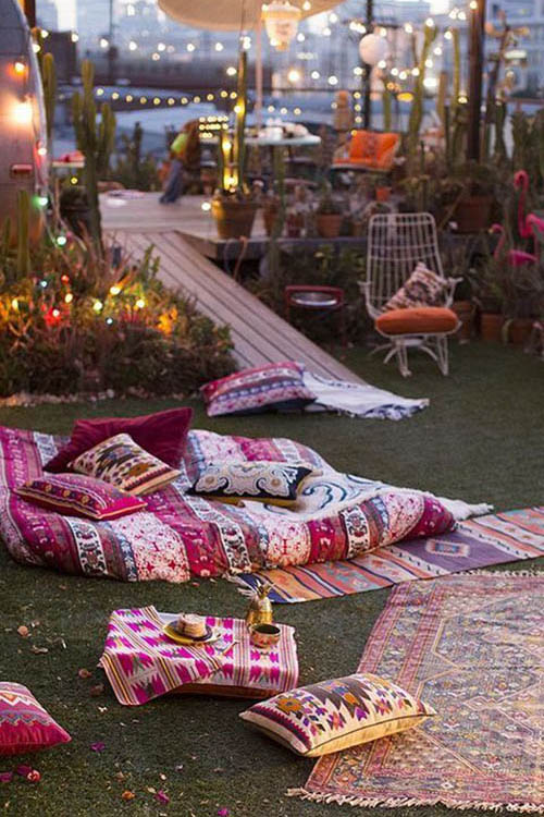 Summer-Boho-chic-picnic-late-night-style