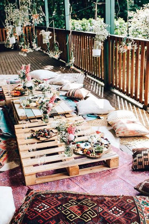 Summer-Boho-chic-picnic-upcycled-furniture
