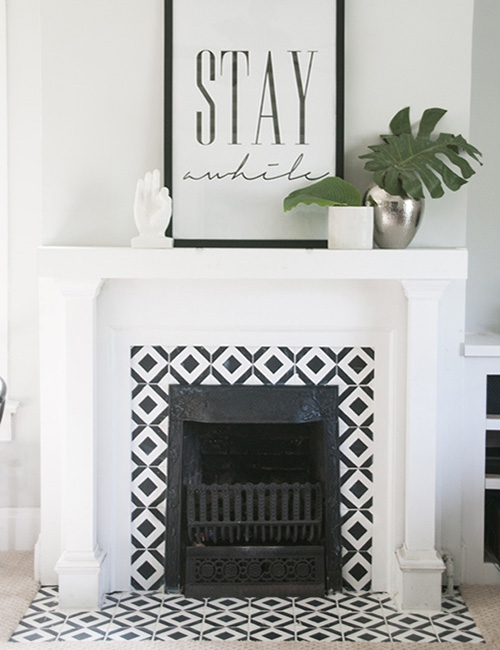 painted-tiles-black-and-white-fire-place-geometric