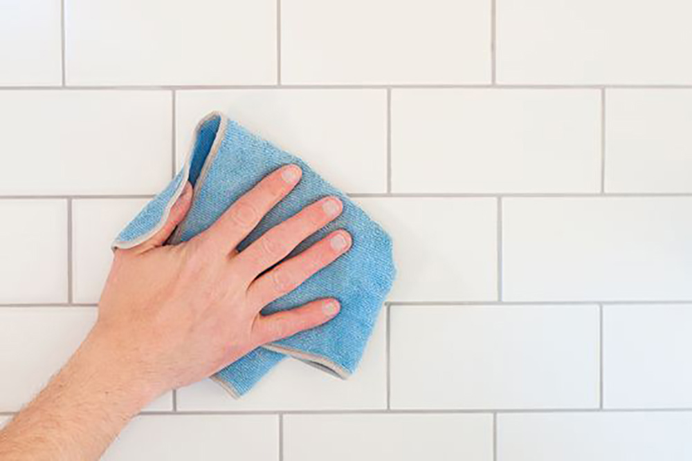 When-to-Seal-Tiles