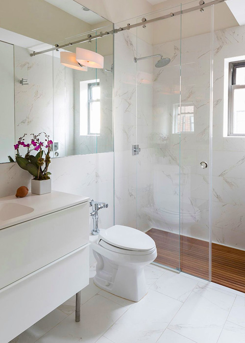 large-mirror-bathroom