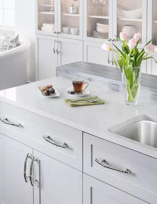 top-knobs-aspen-2-kitchen