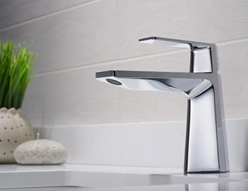 kraus-bathroom-faucet-room-scene