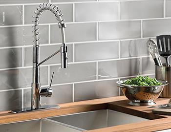 kraus-kitchen-faucet-room-scene