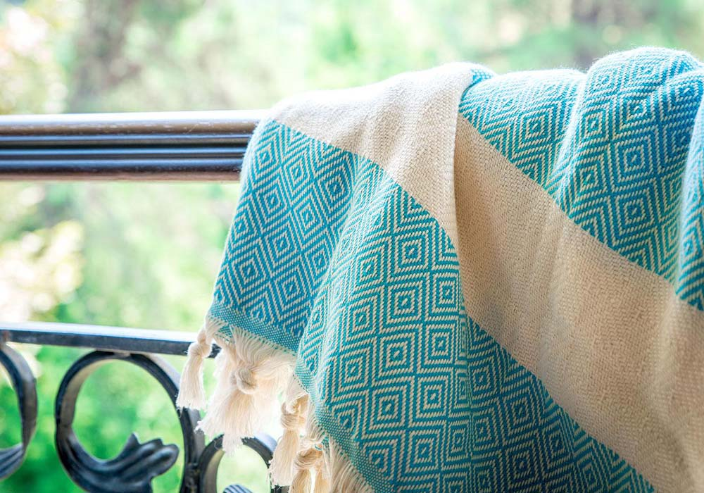 turkish-towel-blanket-cover-up-shawl-versatile