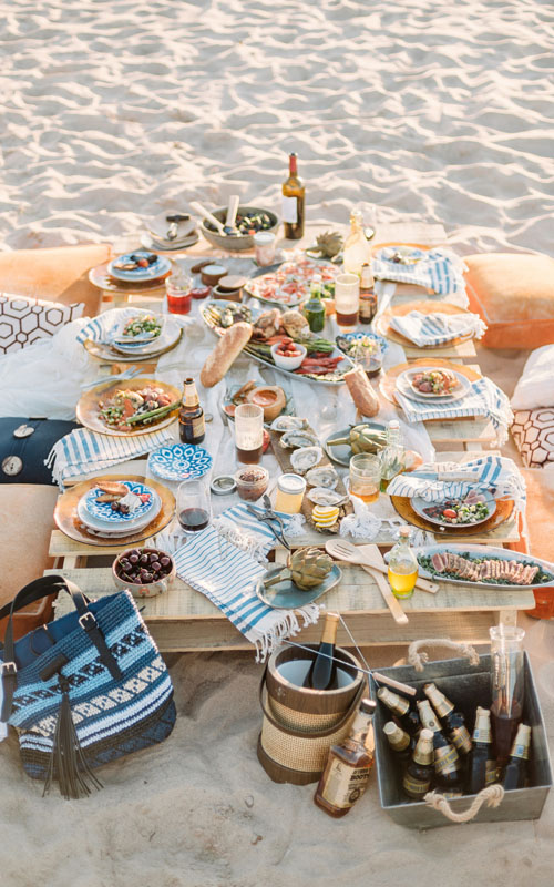 turkish-towel-picnic-blanket-on-beach