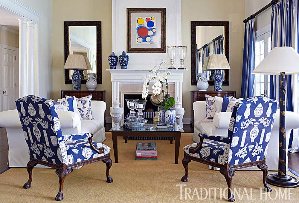 chinoiserie-chic-statement-chairs-living-room