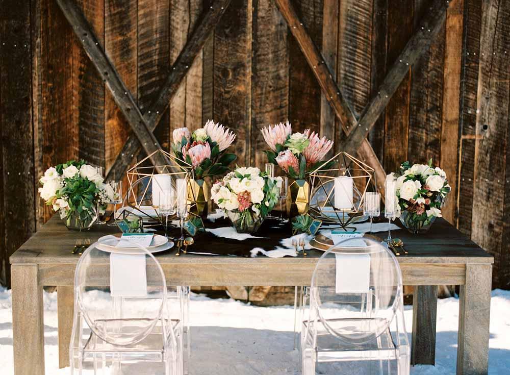 2018 Winter Wedding Color Home Decor Themes