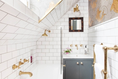5 Solutions to Make Your Small Bathroom Look Larger