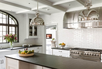 Are Subway Tiles Out Of Style In 2019? Designer Toni Sabatino Doesn't Think So!